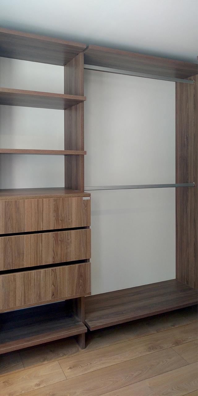 Vitta Closet - Milestone